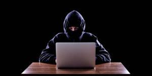 Чем тролли-люди опасней троллей-программ